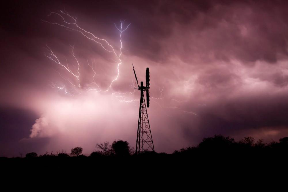Wind Mill lightning